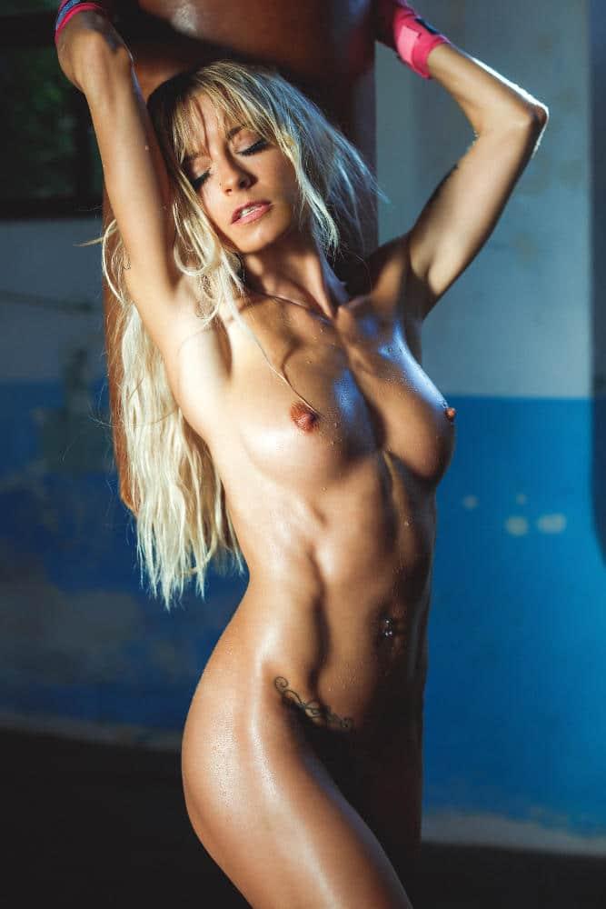 Mia Julia nackt